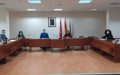 La concejala de Educación, Diana Díaz del Pozo, se reunió ayer con concejales de Educación de los municipios del Corredor del Henares