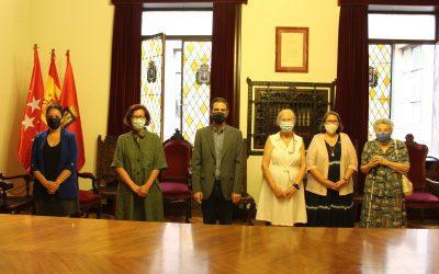 El Ayuntamiento y el Colegio Calasanz firman un convenio para recuperar la Casa del fotógrafo Jean Laurent