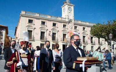Alcalá celebra su día grande para homenajear a su ilustre vecino, Miguel de Cervantes